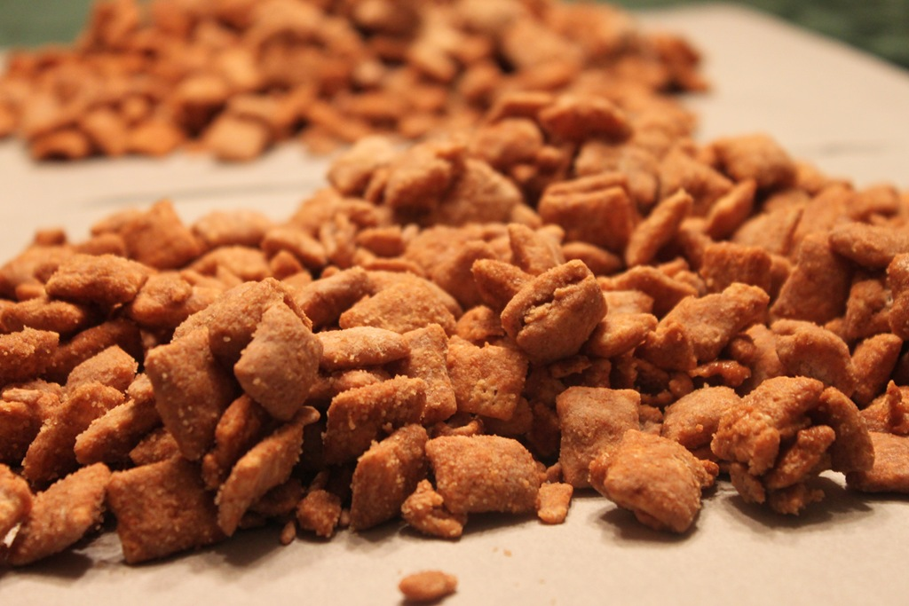 Cinnamon Puppy Chow Feisty Eats